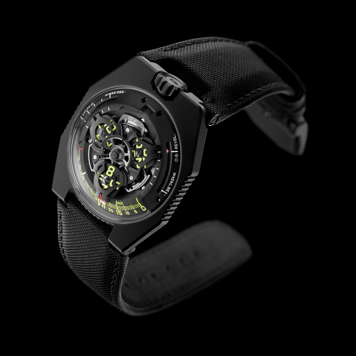 https://www.urwerk.com/sites/default/files/styles/square_ps/public/gallery/black-2.jpg?itok=ZoHspNsl